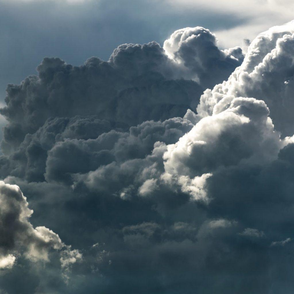 Nube representa la confusión mental y la tristeza