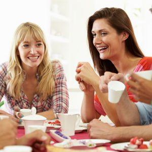 relacion-amigos-brunch-comida