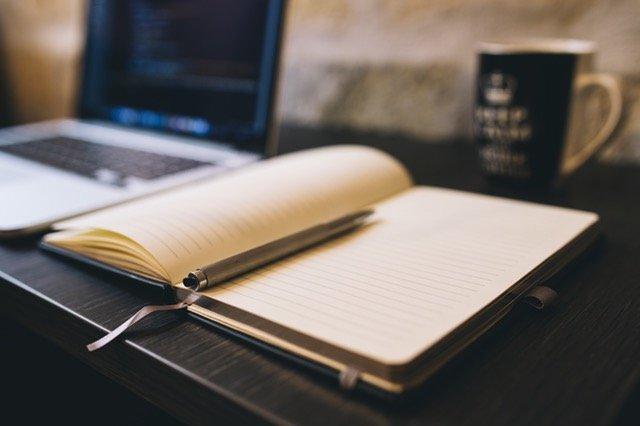 cuaderno-pc-escritura