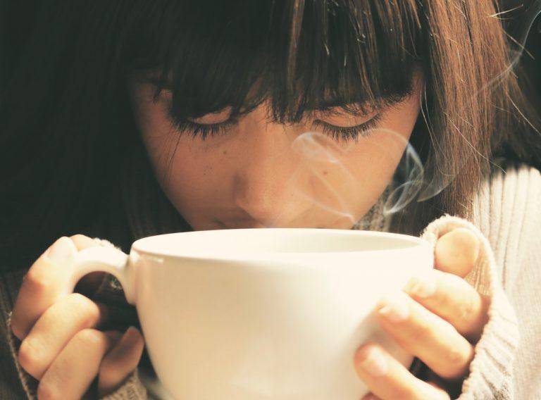 hygge felicidad cafe caliente