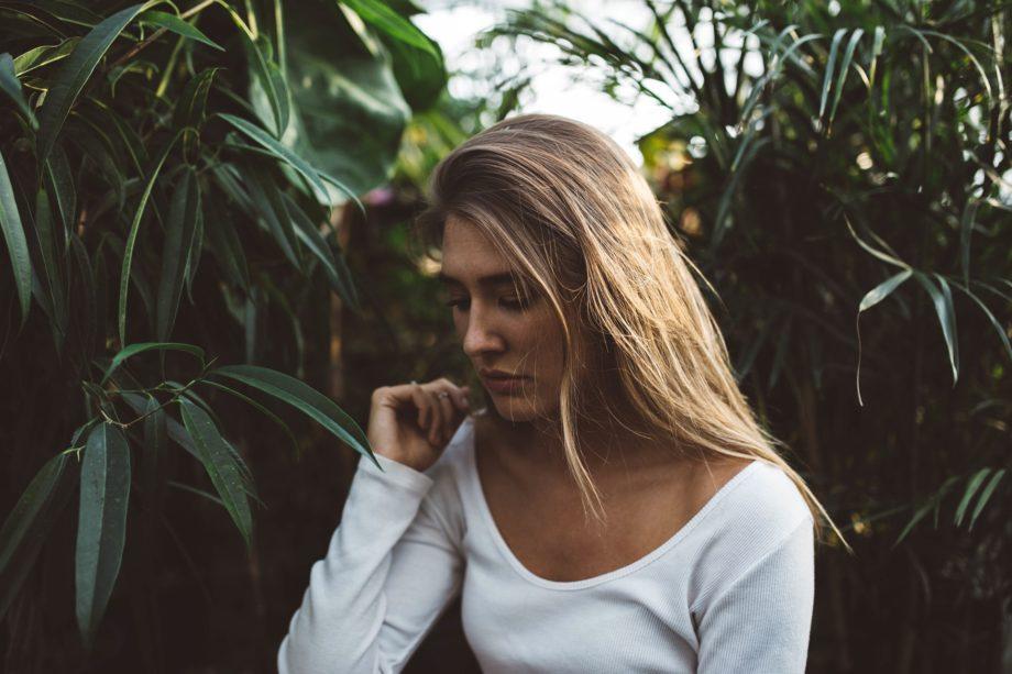 mujer-emocion-tristeza-autoestima