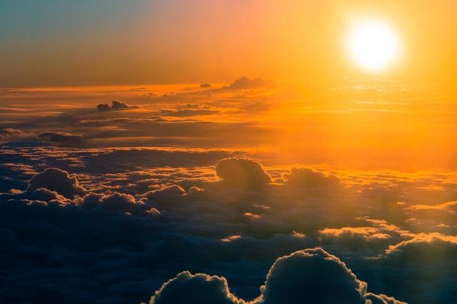 cielo nubes atardecer duelo realidad
