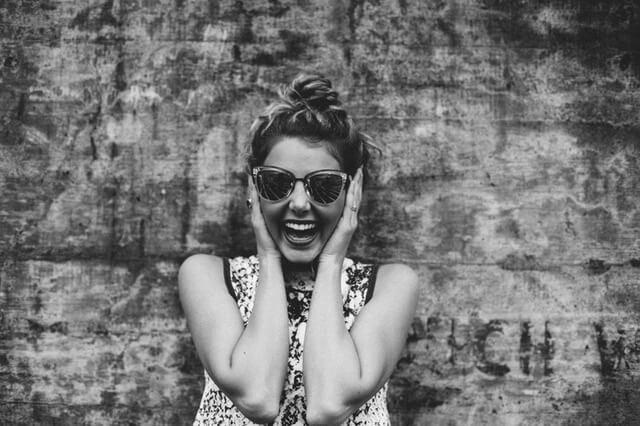 mujer-alegria-felicidad