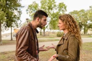 enfado-pareja-discusion
