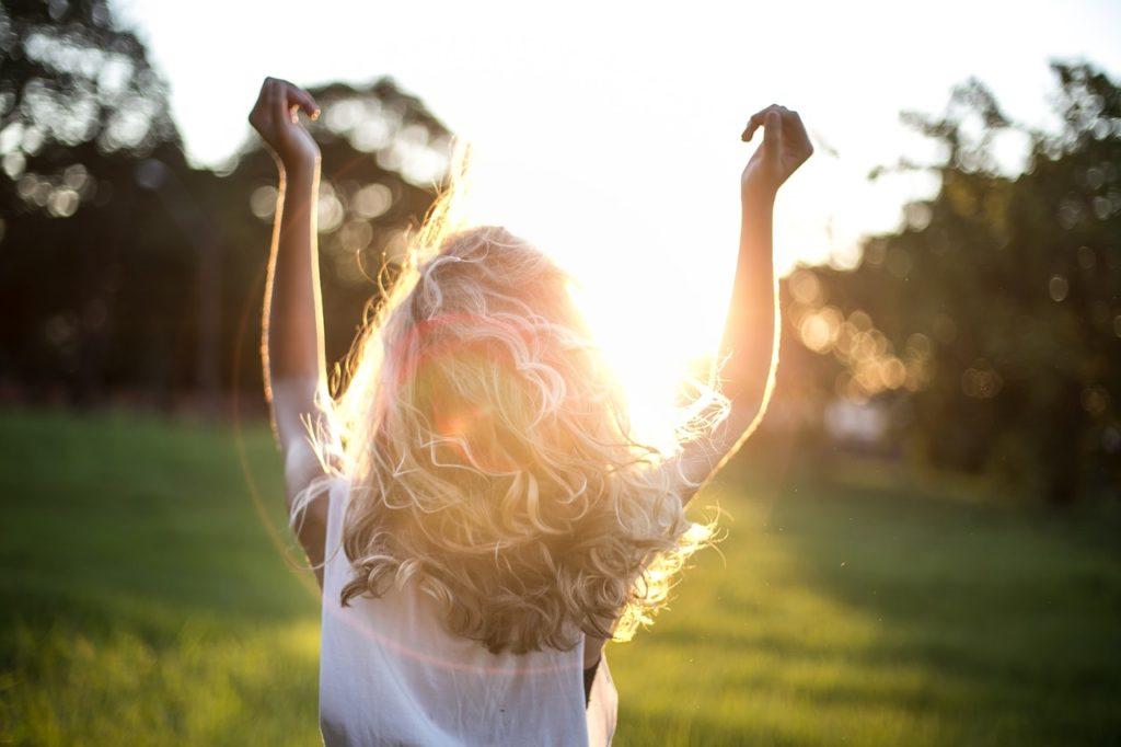 coaching-felicidad-brillo-desarrollo-personal-mujer